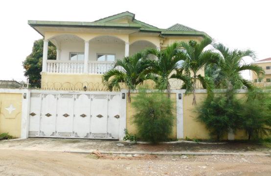 Villa à louer au Plateau