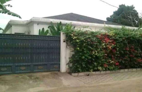 Villa avec piscine  mise en vente au quartier Ngoyo à Pointe Noire