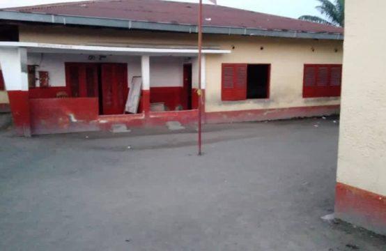 Parcelle à vendre à Brazzaville au quartier Ouenzé